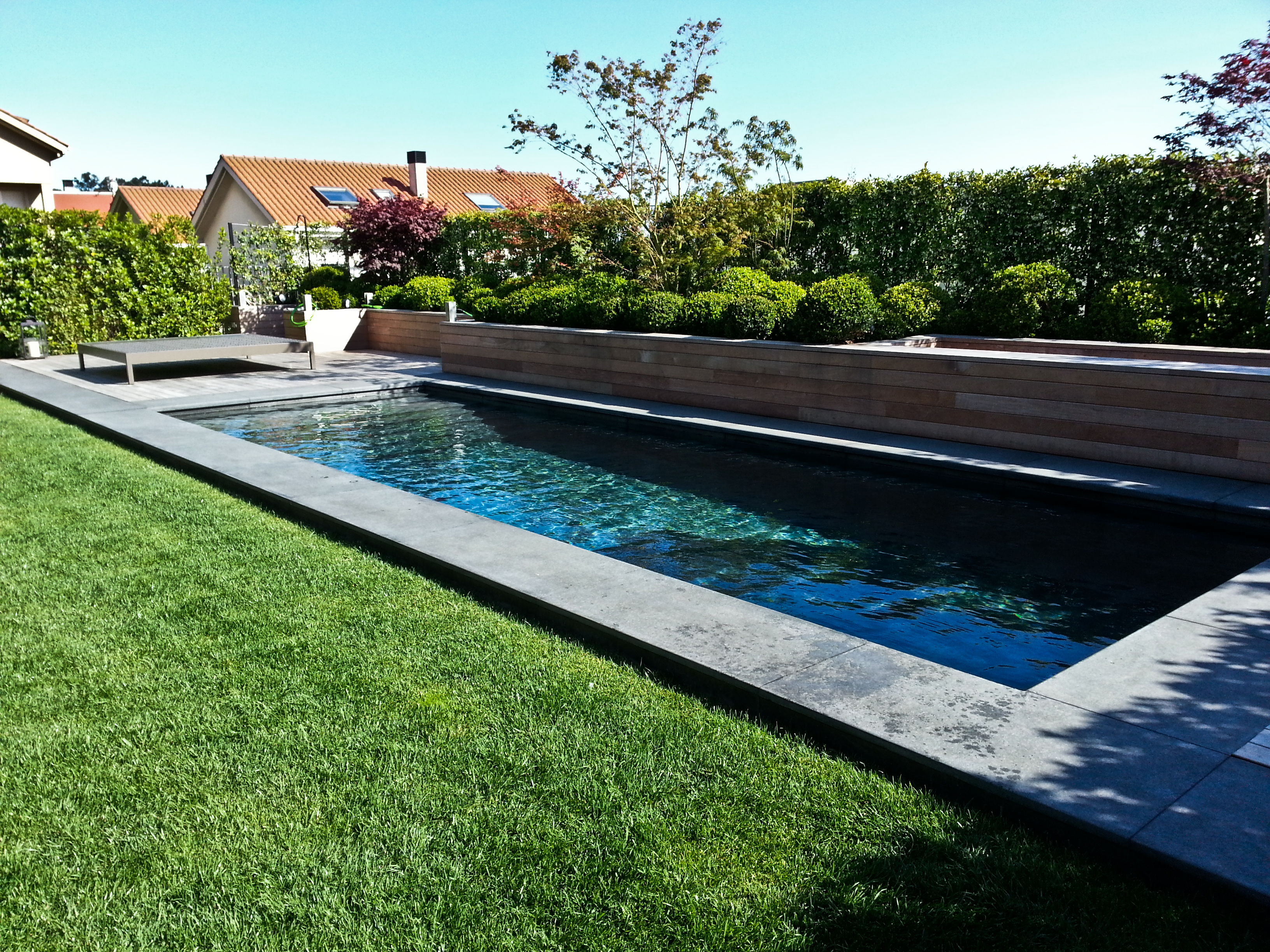 Ver galer a piscinas hormig n exteriores aguasport piscinas for Costo de piscinas de hormigon