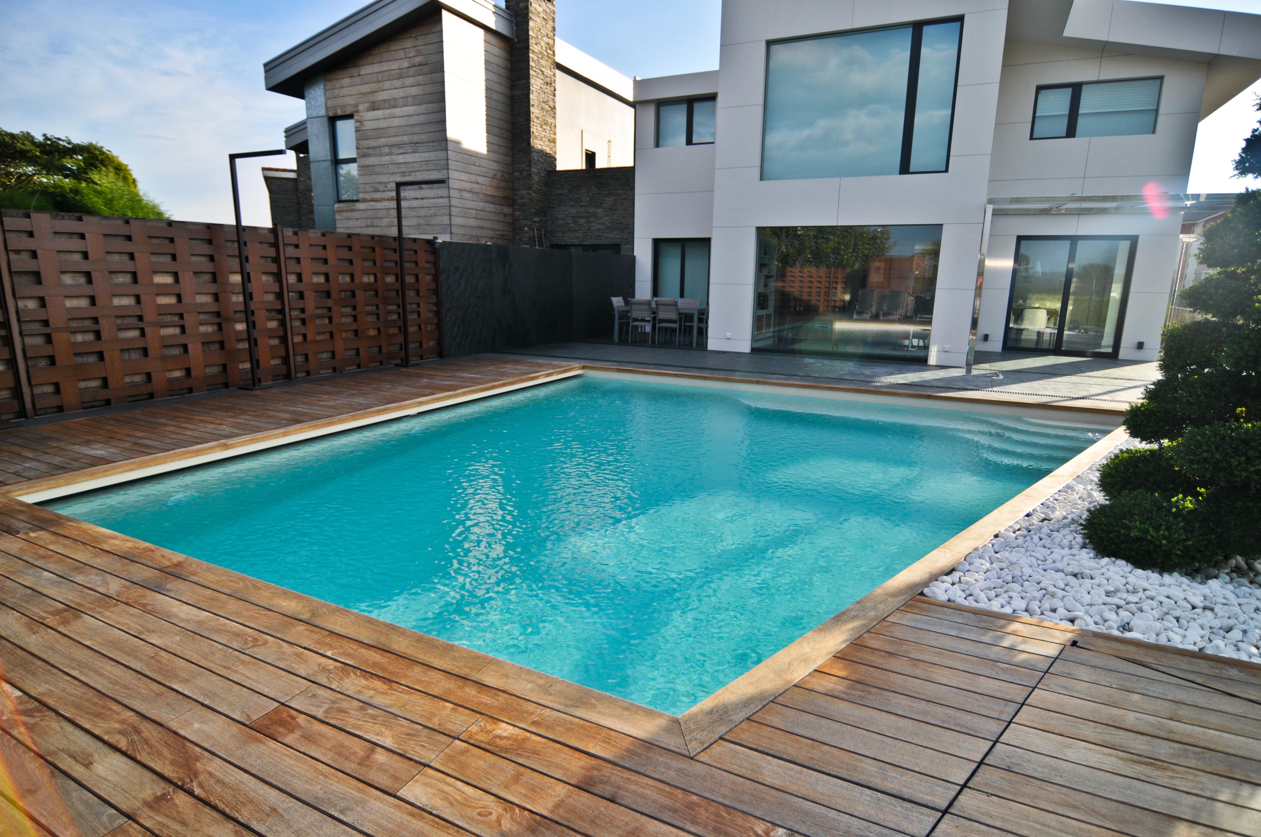 piscinas gresite de piscina con mallas de baldosas de