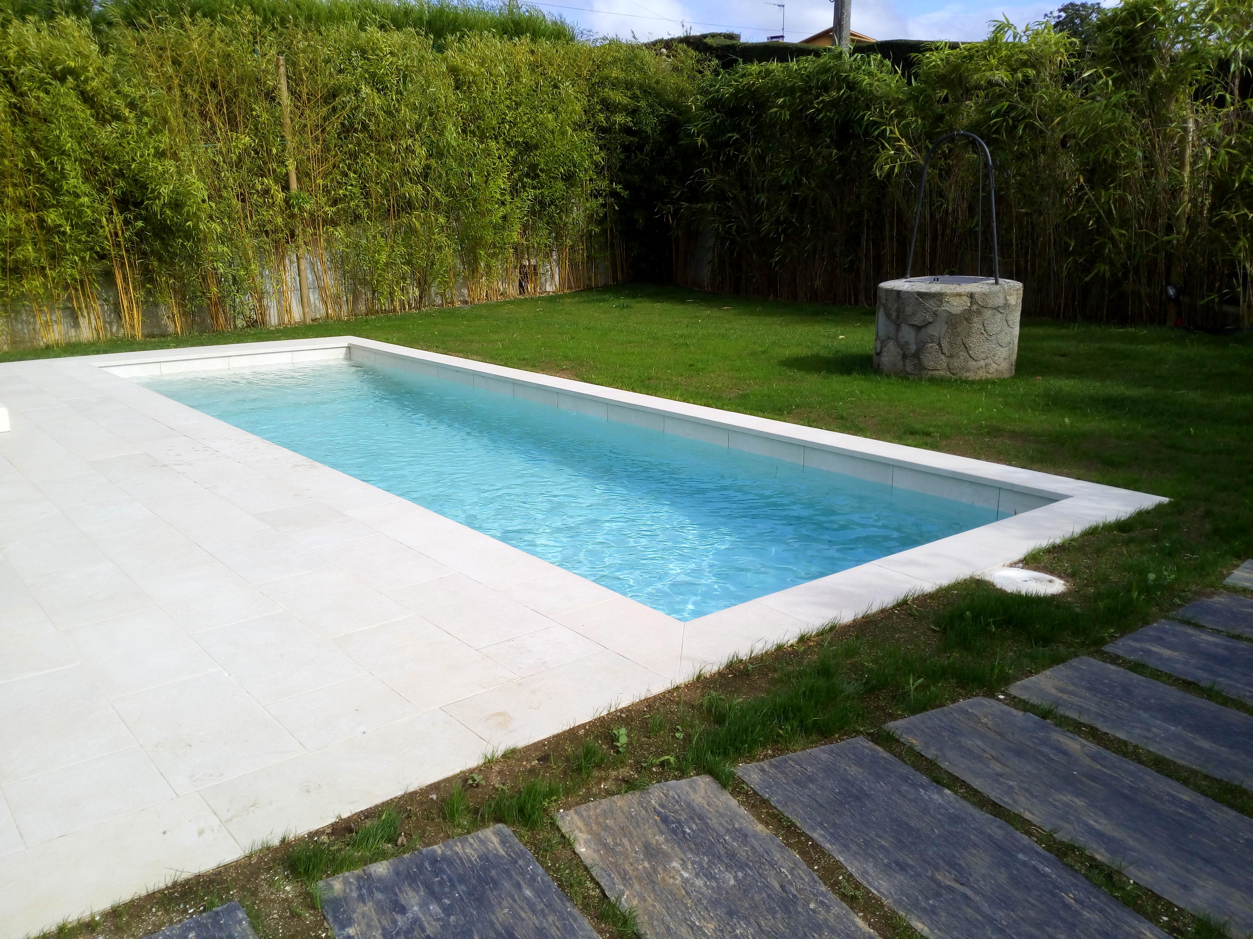 Ver galer a piscinas hormig n exteriores aguasport piscinas for Piscinas exteriores