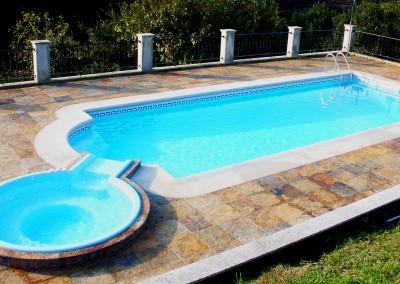 Piscina prefabricada, modelo Nilo 100 con spa 20