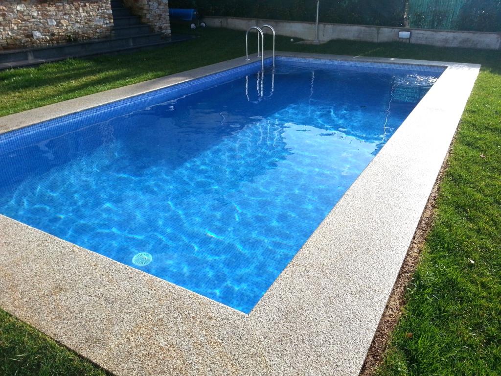 Ver galer a playas coronaciones aguasport piscinas - Pavimentos para piscinas exteriores ...